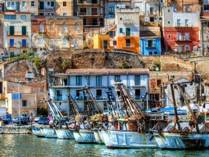 Explore the fishing port of Sciacca